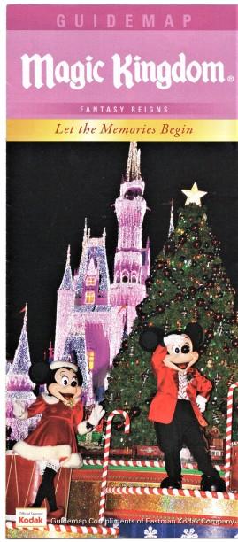 Mickey and Minnie_Holiday Parade